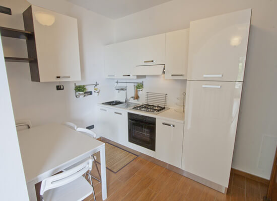 cucina-attrezzata-Bellagio-appartamento